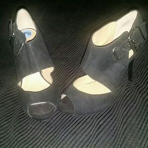 Peep Toe Chunky Buckle Heel